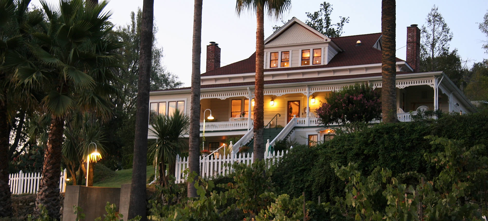 evening at sonoma wine country bed and breakfast inn
