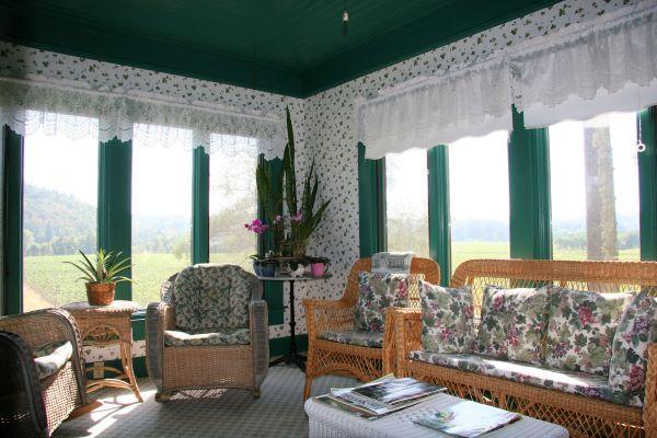 the raford inn sitting room